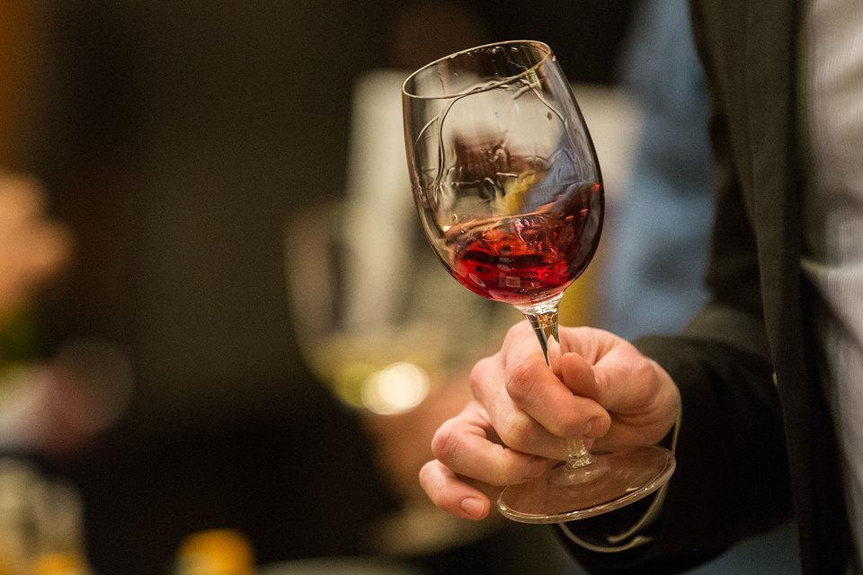 Беслан Агрба стал владельцем 50% Сухумского винзавода – крупнейшего производителя абхазских вин