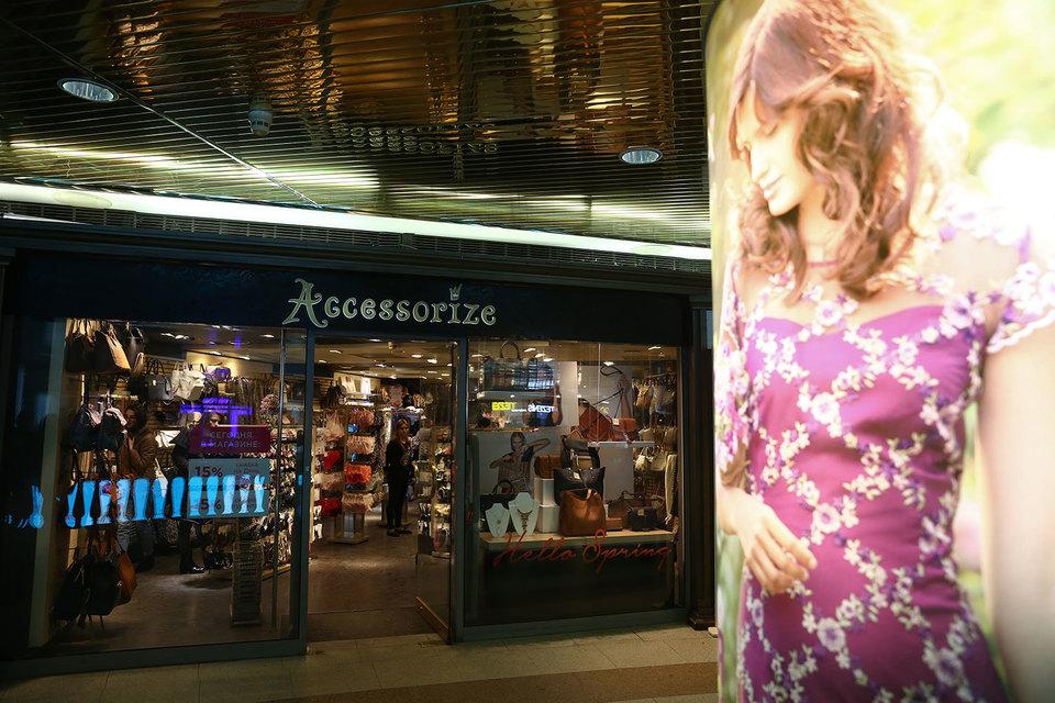 Английская Monsoon Accessorize вышла на российский рынок в 2002 г., открыв первые магазины по франшизе