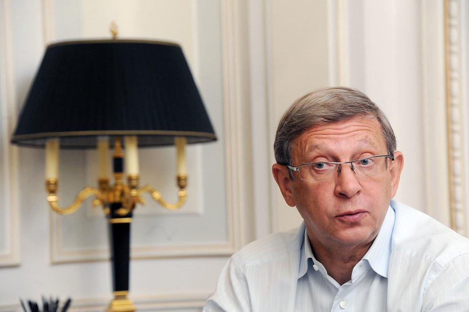 АФК «Система» Владимира Евтушенкова планирует в этом году продать непрофильные активы на 35–40 млрд руб.