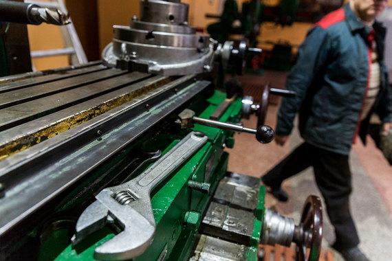 Промышленное производство выросло впервые с января 2015 г.