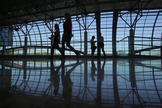 Аэропорты «Шереметьево» и «Домодедово» не преминули воспользоваться недавней либерализацией тарифов на свои услуги. Это может привести и к росту стоимости билетов