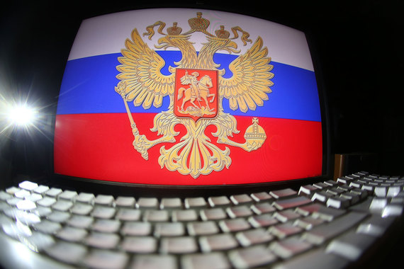 Законопроекты, которые должны перевести закупки в электронный вид, а также ограничить количество разрешенных процедур закупок и электронных площадок, забуксовали в Госдуме