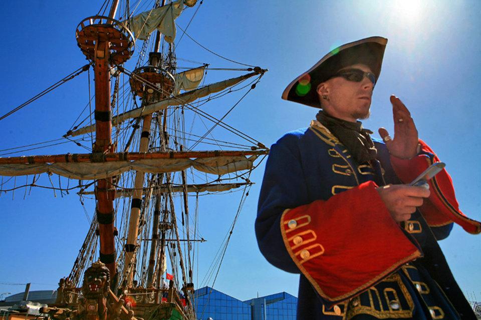 Операторы «большой четверки» решили начать охоту на телефонных пиратов