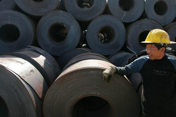 Китай намерен объединить крупнейшие национальные сталелитейные компании