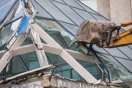 Собянин объявил о сносе еще 107 самовольных построек в Москве