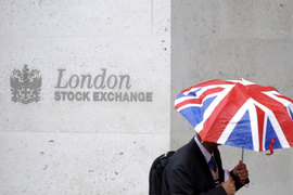 Лондон перестанет быть центром торговли инструментами в евро