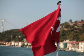 Чартерные рейсы в Турцию возобновят с 7 июля