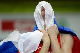 Небольшому количеству российских спортсменов, которые тренируются за границей, соблюдают строгие антдопинговые нормы и «очевидно не связаны от коррупционной российской системой», может быть предложено участие в Олимпийских играх в Рио-де-Жанейро под нейтральным флагом