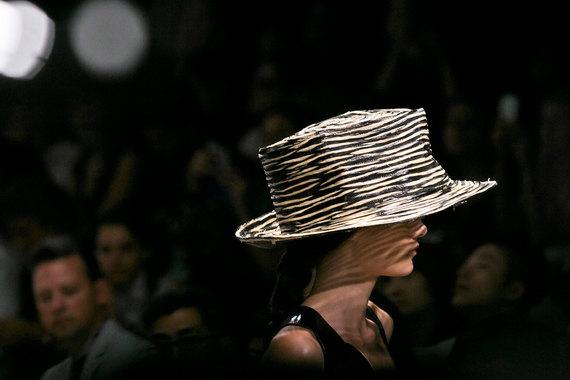 Donna Karan International владеет брендами женской одежды Donna Karan и DKNY компания оценена в $650 млн
