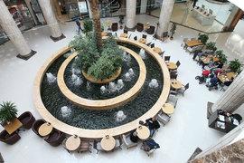 Чем больше кафе – тем дольше находится покупатель в торговом центре