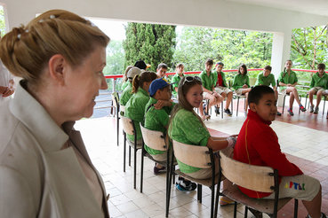 Елена Мизулина (слева) считает, что отшлепать детей – священное право их родителей