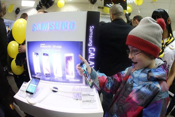 «Вымпелком» возобновил реализацию устройств Самсунг в собственных салонах