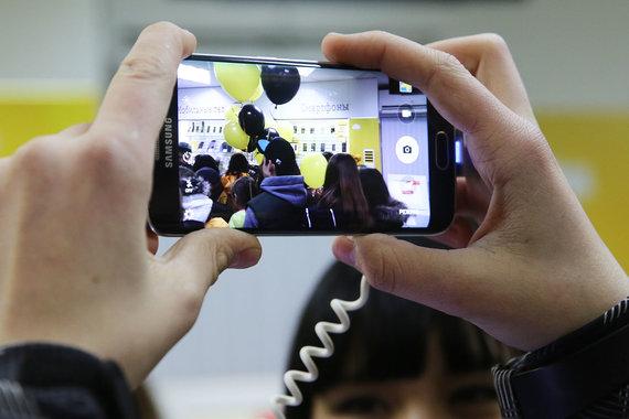 «Вымпелком» возобновил продажи устройств Самсунг в собственных салонах