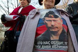 Использовать изображения Путина, как и любого другого человека, не участвующего в кампании, запрещают принятые в 2016 г. поправки в выборное законодательство