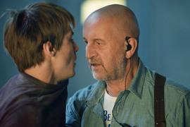 Исполнитель главной роли Иван Янковский (слева) тушуется в присутствии главной звезды фильма Леонида Ярмольника