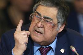 Аман Тулеев потребовал «остановить беспредел с урезанием и оптимизацией штата шахты «Распадская»