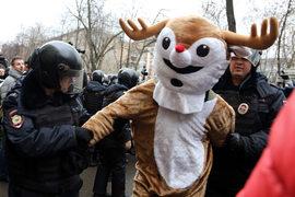 Сесть в тюрьму можно всего за три мелких нарушения на митингах