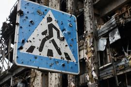 Шансы на встречу по урегулированию в Донбассе на высшем уровне возросли, но обсуждать там почти нечего