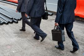 По новым правилам НПФ должны будут отказаться от инвестирования в ипотечные сертификаты участия