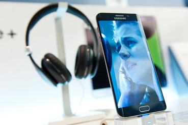 Годовой бойкот, который объявляли ритейлеры, мало повредил продажам Samsung