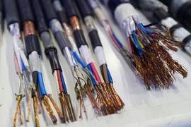 Протяженность собственной оптоволоконной сети «Вест колл» – 6000 км