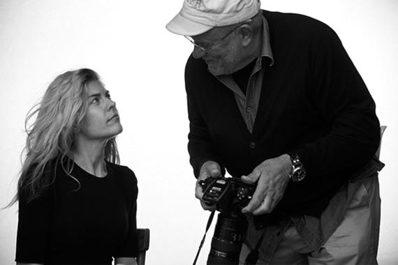 Питер Линдберг и Анастасия Игнатова на съемках //Фото: Pirelli