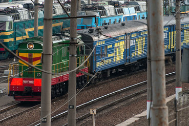 ЛДПР активно тратит деньги не только на телевидение, но и на агитпоезда