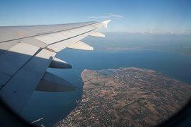 Правительство вводит меры для поддержки отечественного авиапрома: импортные самолеты старше 12 лет будут облагаться ввозными пошлинами или НДС