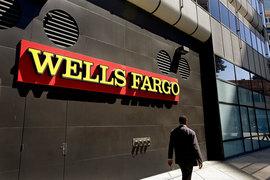 Wells Fargo откажется от планов продаж, которые сподвигли более 5000 сотрудников на обман