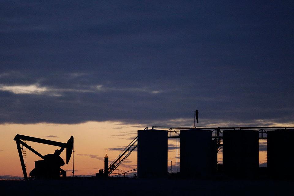 ОПЕК также считает, что в 2017 г. ее конкуренты добудут больше нефти, чем в 2016 г.