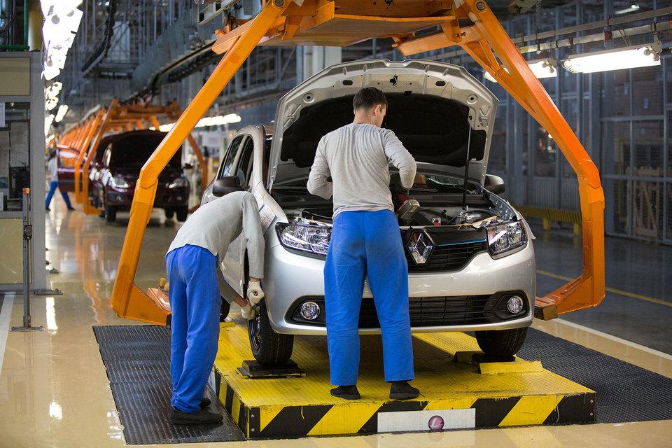 Установка вазовского мотора на Renault поможет снизить себестоимость автомобилей
