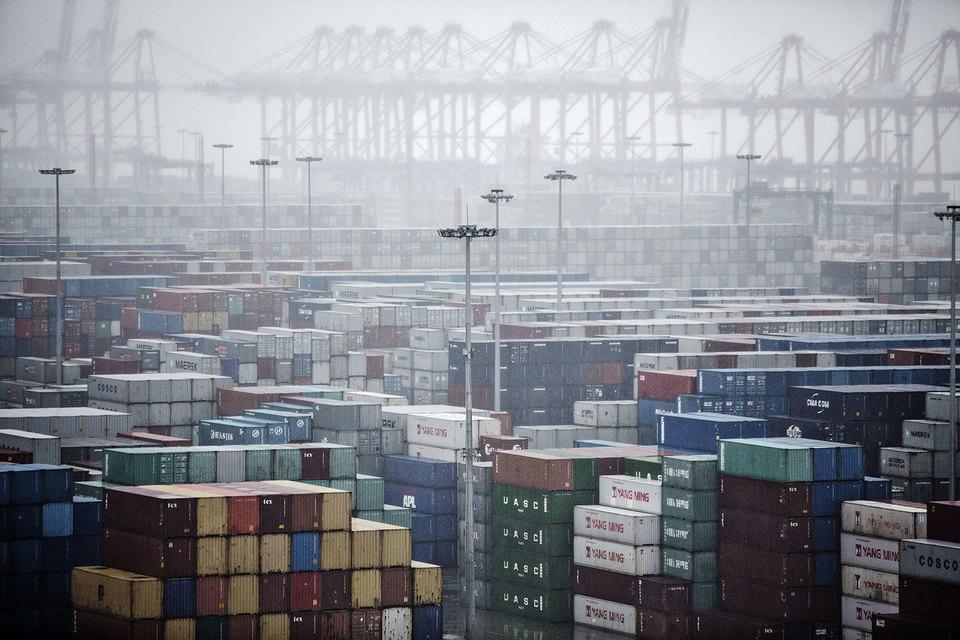 Сокращение импорта в США бьет по экономикам развивающихся стран