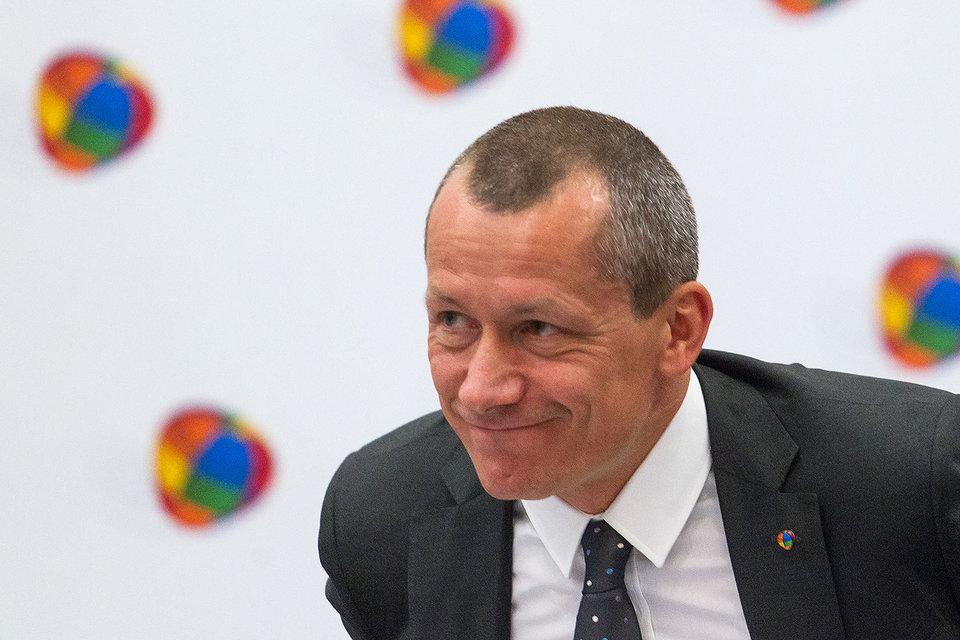 Ректор школы Андрей Шаронов, занимавший этот пост с 2013 г., стал ее президентом