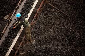 Уголь набивает себе цену