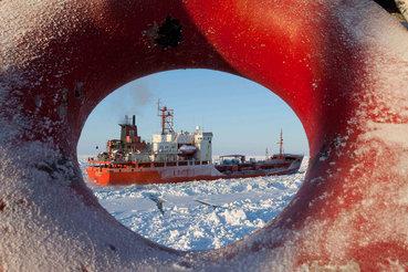 На пути к договоренности о замораживании добычи странам-нефтепроизводителям необходимо преодолеть множество препятствий