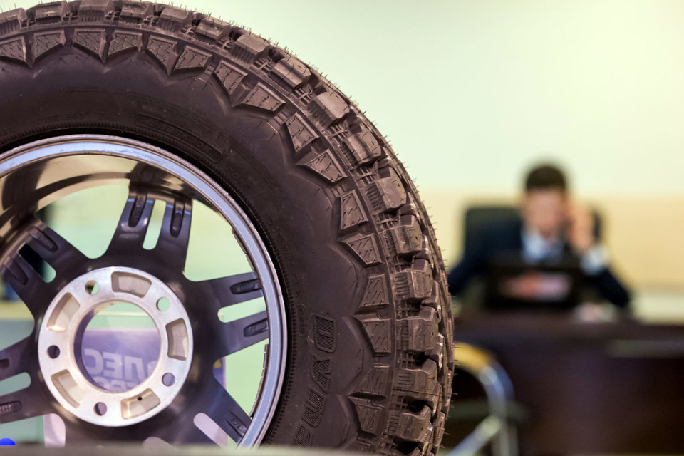 ВПетербурге продажи легковых машин уменьшились на16%