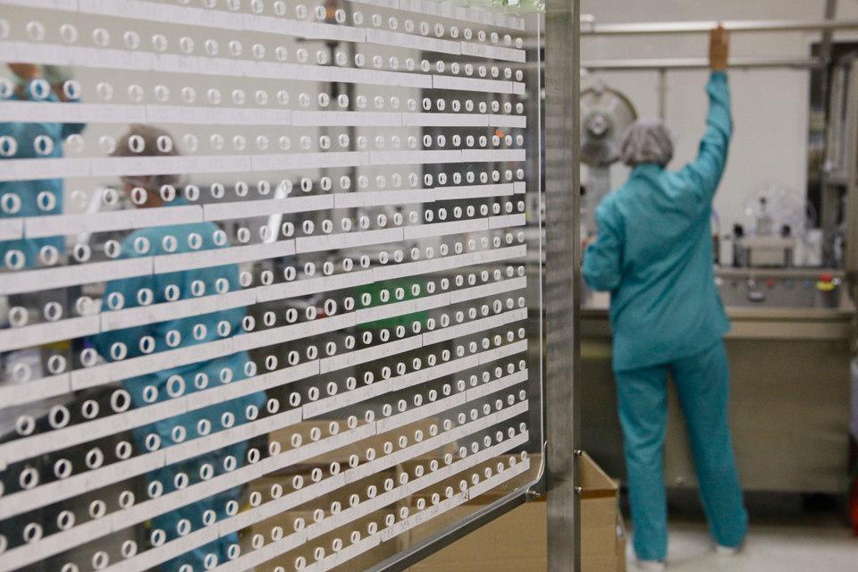 Денис Мантуров: вмаркировке лекарственных препаратов будет использован QR-код