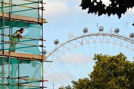 Спрос на дорогое жилье на ранних этапах строительства в Лондоне взлетел после кризиса 2008-2009 гг., но с 2014 г. стал падать из-за обвала на сырьевых рынках