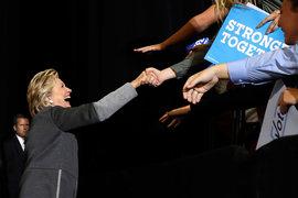 Хиллари Клинтон на встрече с поклонниками