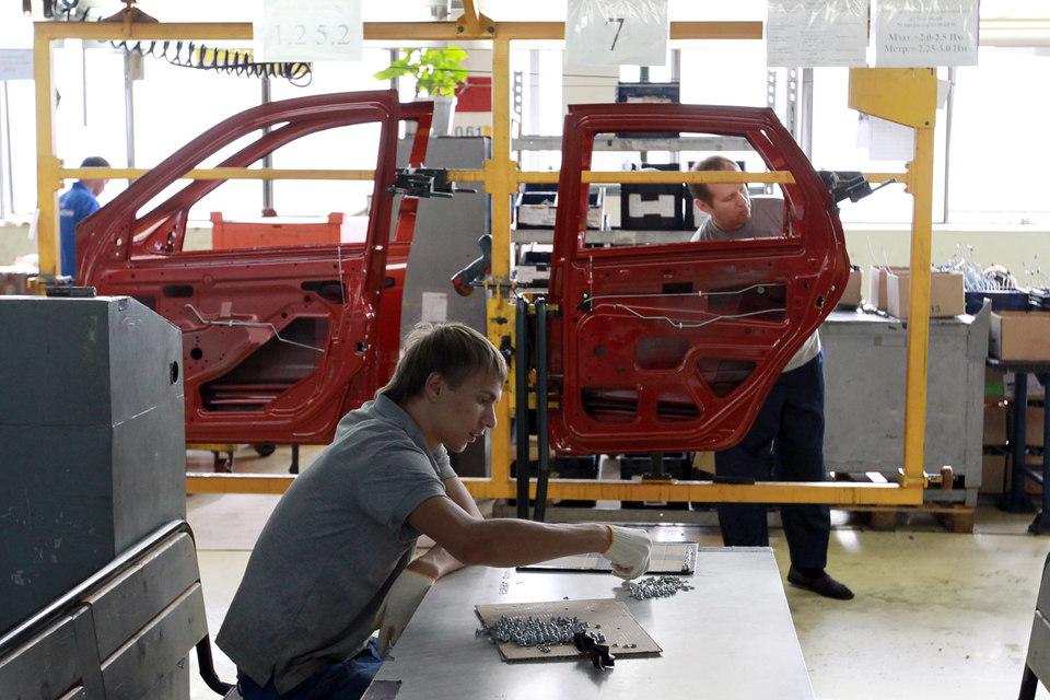 Волжский автомобильный завод снова предлагает сотрудникам уволиться добровольно