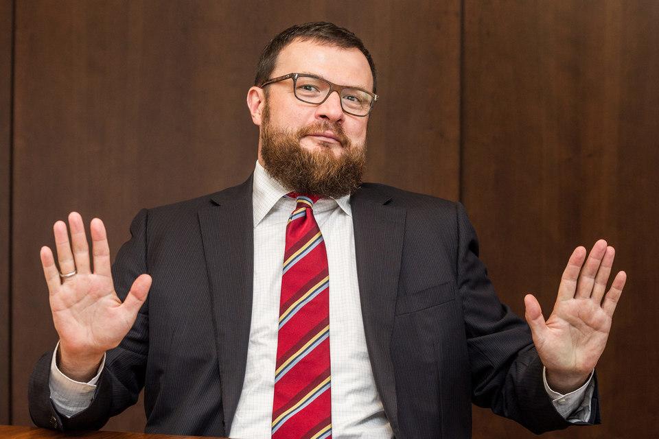 UCP Ильи Щербовича продала долю в«Интер РАО»
