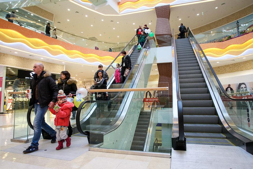 Люди реже заходят в торговые центры без определенной цели