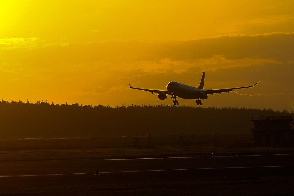 Совладелец Внуково стал инвестором региональной авиакомпании «Азимут»