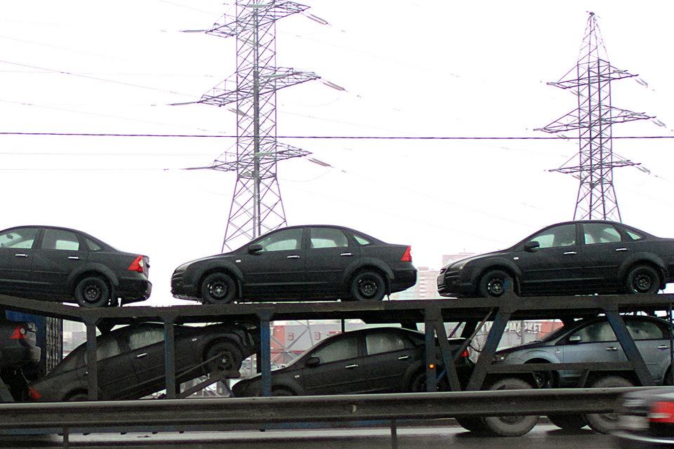 ВластиРФ планируют удвоить экспорт авто в 2017г