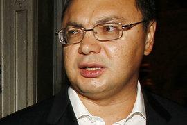 Роман Попов остался без банков