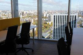 Банки избавились от наименее загруженных сотрудников с высокой зарплатой