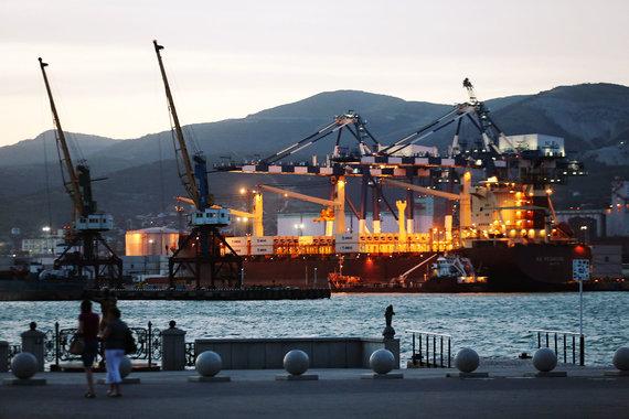 Государство и «Транснефть» могут объединить свои доли в НМТП для продажи