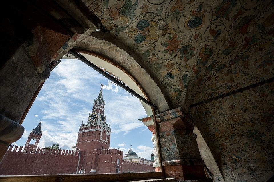 Сплотить регионы и отыскать оппозицию— Переизбрание В. Путина