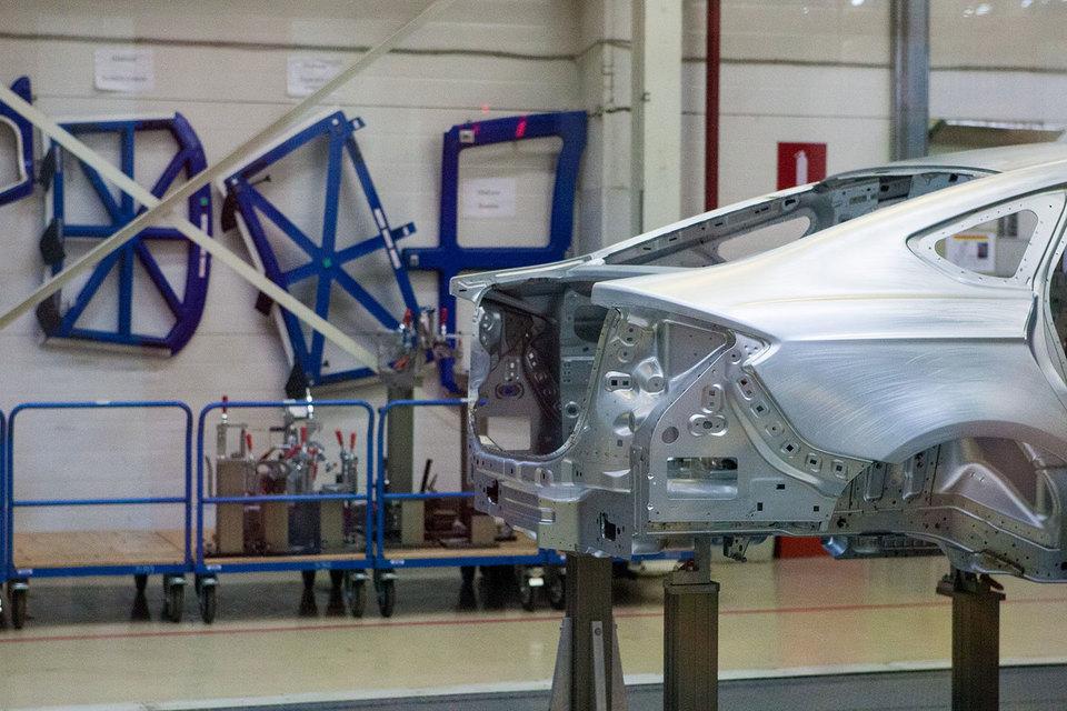 Обновлённый кроссовер Форд Kuga начали делать вЕлабуге