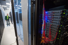 Исполнение закона Яровой потребует новых мощностей в дата-центрах, но их размер зависит от подзаконных актов правительства